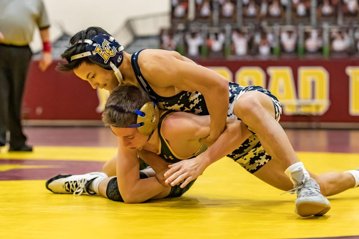 DD wrestling 106.jpg