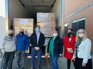 Local church delivers 80,000 pounds of food to area food banks