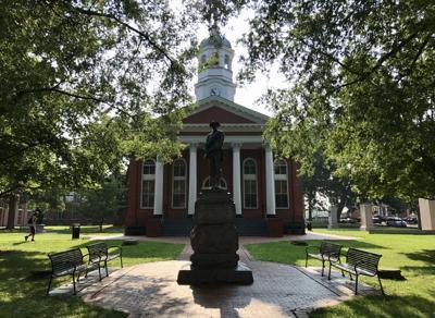 Confederate statue in Leesburg