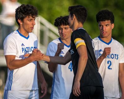 Dulles boys soccer