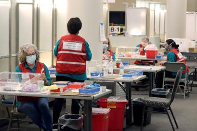 Vaccination Pod at Dulles Town Center | Volunteers