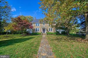 Home of the Week: 341 S. Nursery Ave., Purcellville