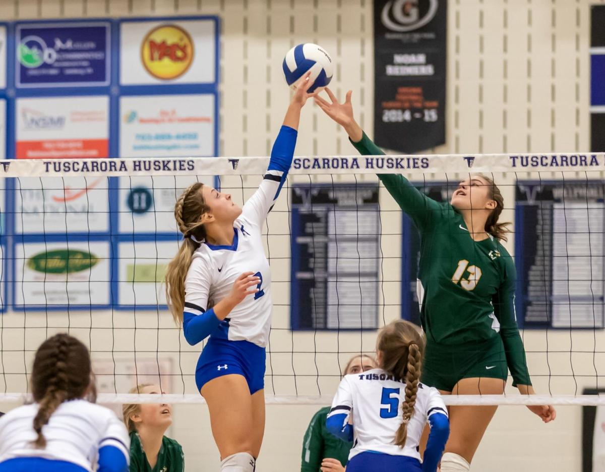 In Photos Loudoun Valley Nets Volleyball Win Over Tuscarora Sports Loudountimes Com