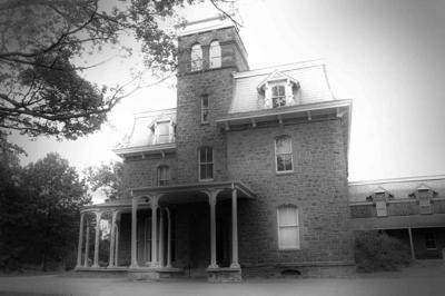 Shocktober Manor