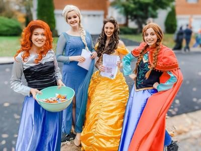 Riverside students bring love of acting to online princess parties