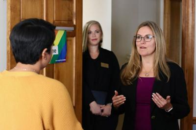 Rep Wexton Visits Loudoun Abused Women S Shelter For Roundtable News Loudountimes Com