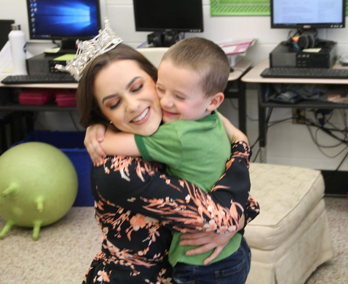 Miss America spends a day in Hillsboro