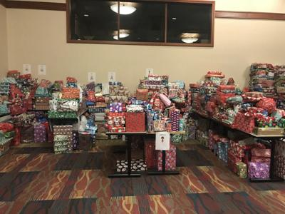 Mobile Hope toy drive presents