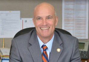 Leesburg town manager proposes flat tax rate, meaning slight hike in tax bills