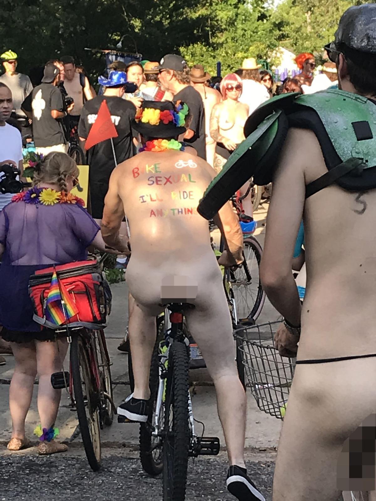 naked bike ride2