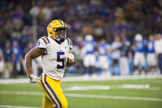 LSU leads BYU 14-0 at halftime