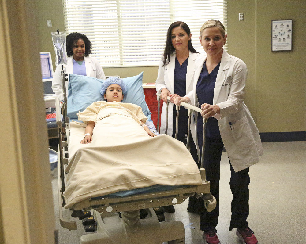 Rev Ranks Latest Greys Anatomy Episode Packed With Drama The