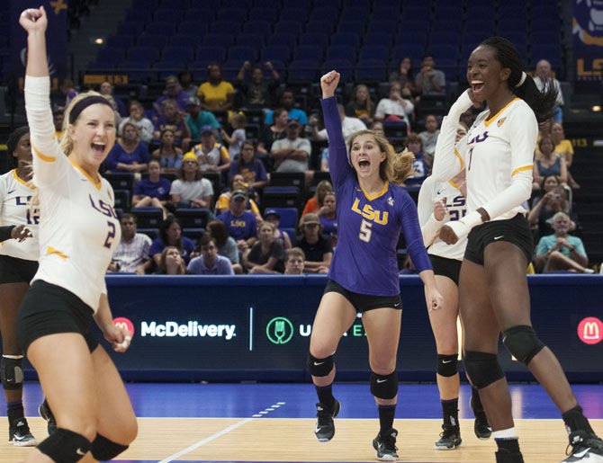 9-16-17 LSU vs UH Volleyball