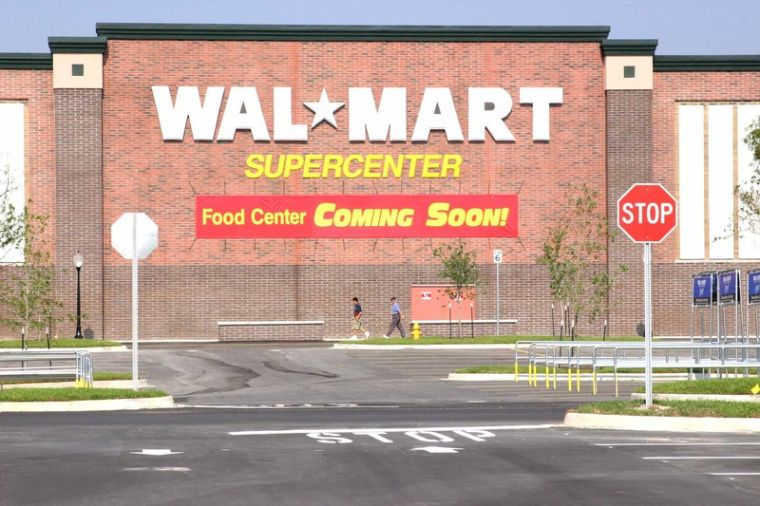 College Drive Wal Mart To Open In Less Than A Month Lsunow Com