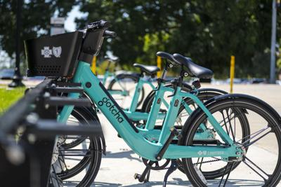 PHOTOS: Sustainable Ways to Get Around Campus Without a Car
