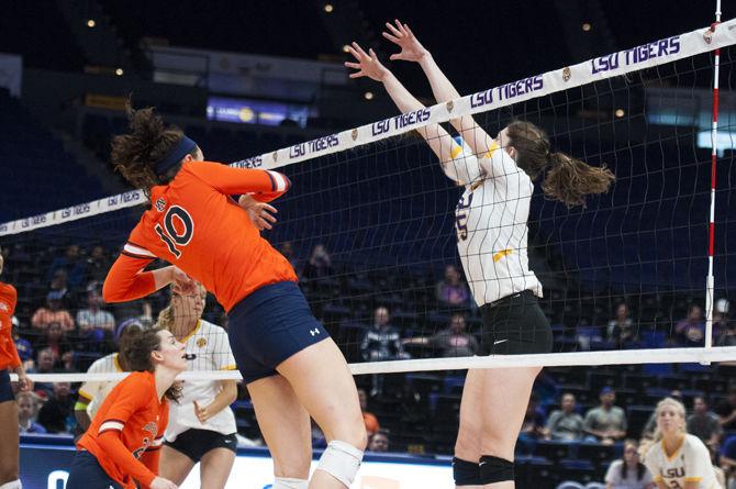11-15-17 LSU vs. Auburn Volleyball