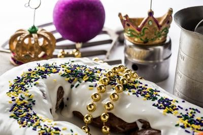Remarkable Top 5 Baton Rouge King Cakes To Grab Before The Season Is Gone Funny Birthday Cards Online Elaedamsfinfo