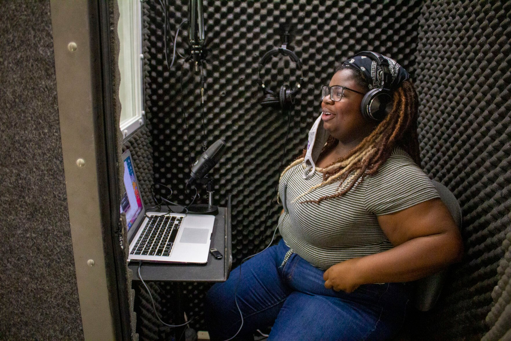 English senior Exquisite Williams shares passion for reading in 'Our Moment: A Literary Podcast'