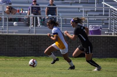 LSU sophomore forward Molly Thompson (12)