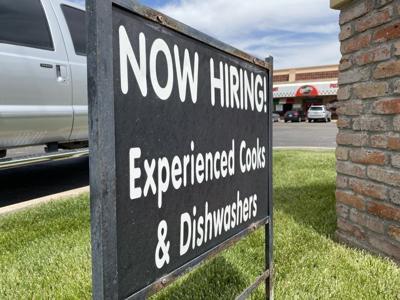 Orlando's now hiring sign