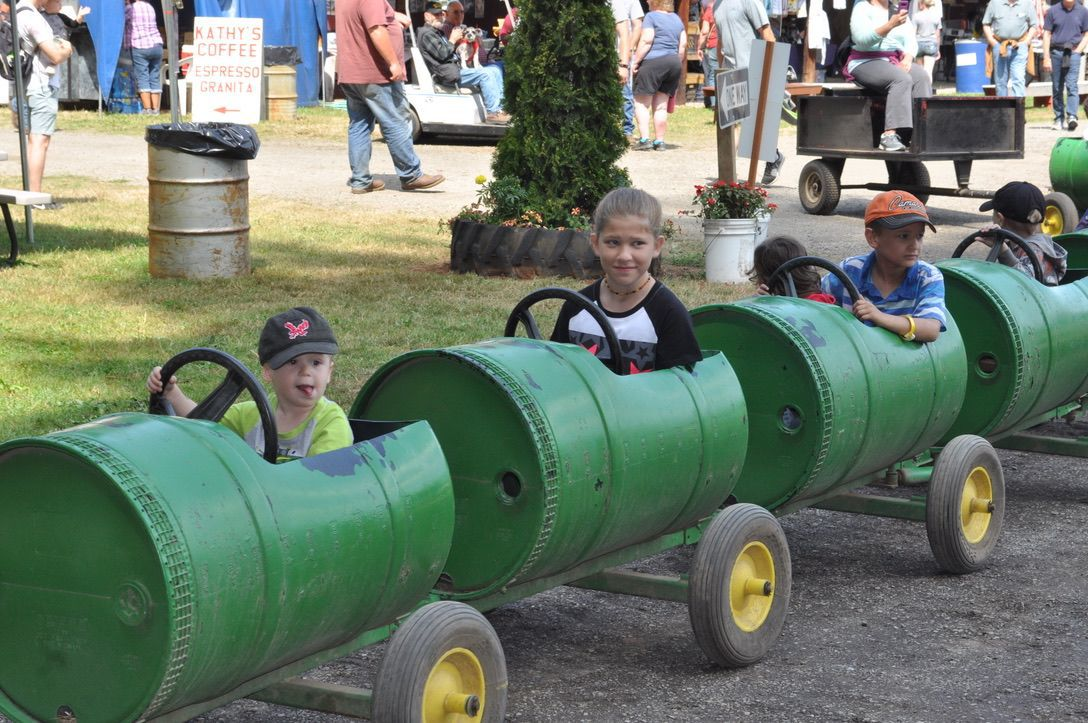 Tractor show 1