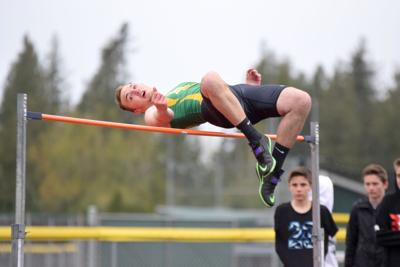 Track: Lynden boys fifth, girls sixth at Lakewood Invite