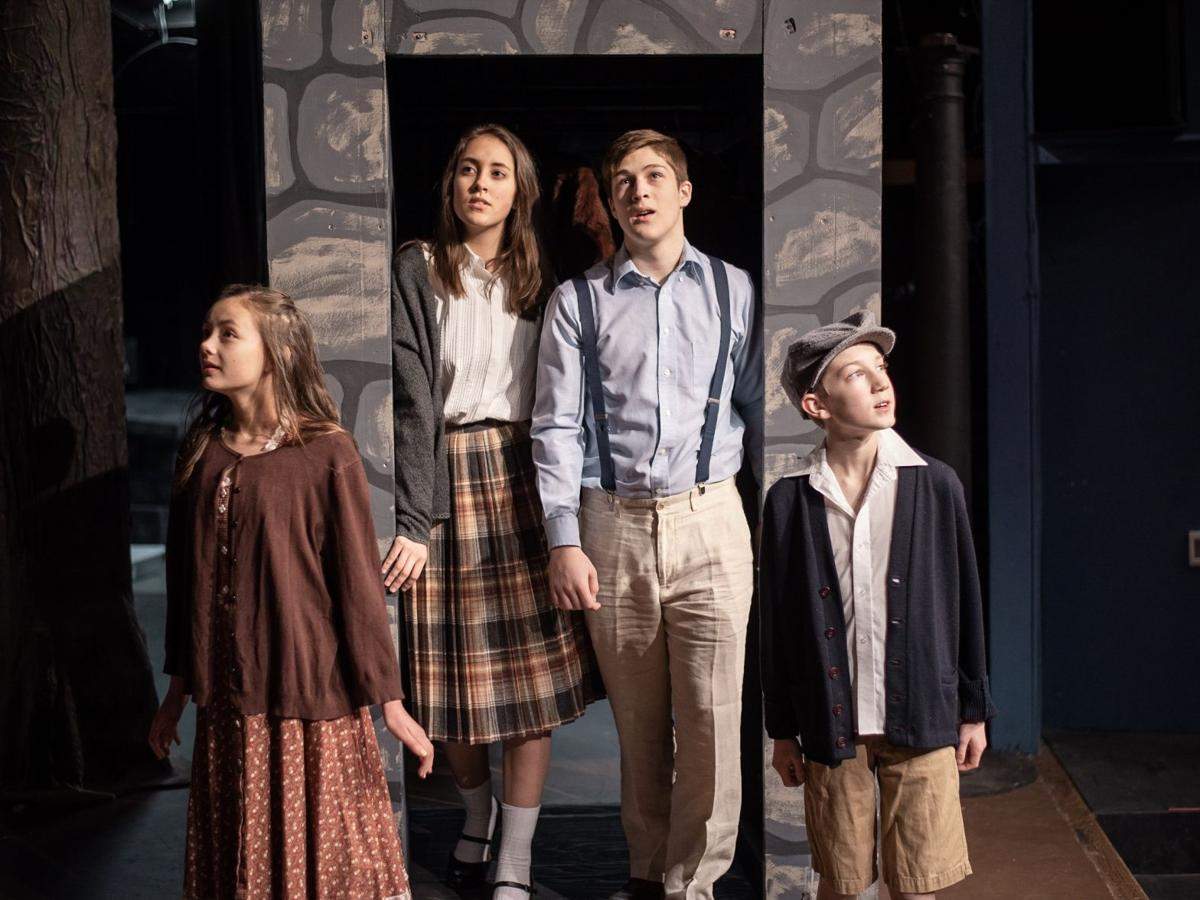 'Narnia' opens at Claire vg theater Nov. 29