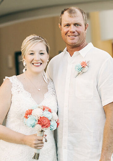 Christiansen, Carper wed