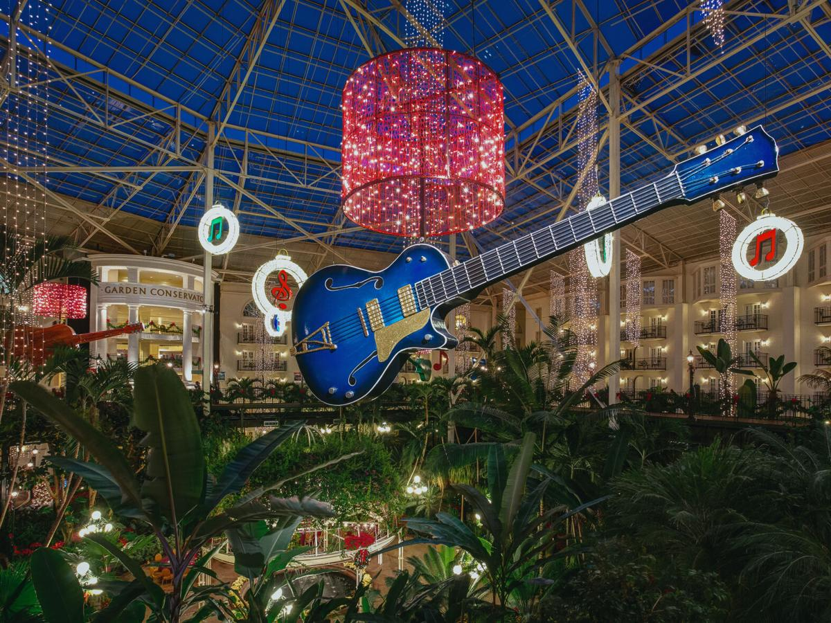 Gaylord Opryland Resort to fill 200 positions for A Country Christmas