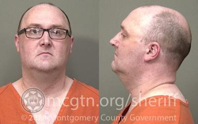 Scoop Clarksville owner arrested, facing theft charge