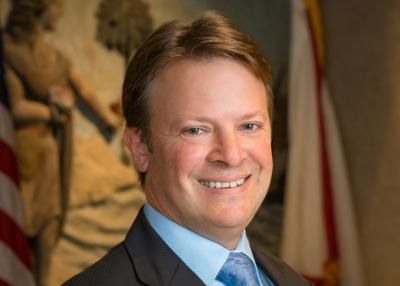 Alachua County Board of County Commissioners Chair Ken Cornell