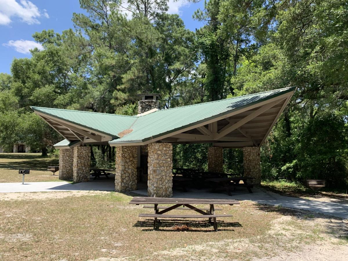 Poe Springs Park pavilion with picnic table