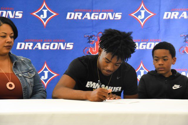 CARRS SIGNS WITH EMMANUEL