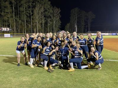 AHS softball Elite Eight