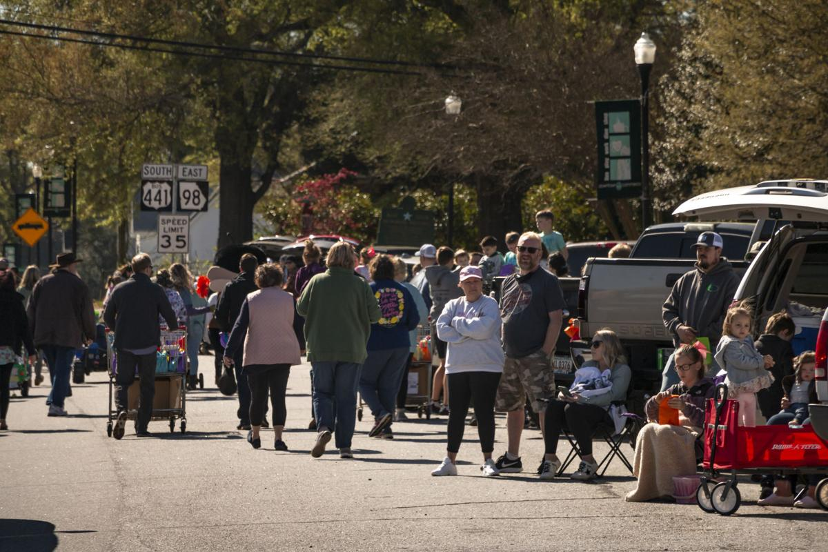 Commerce hosts Easter parade