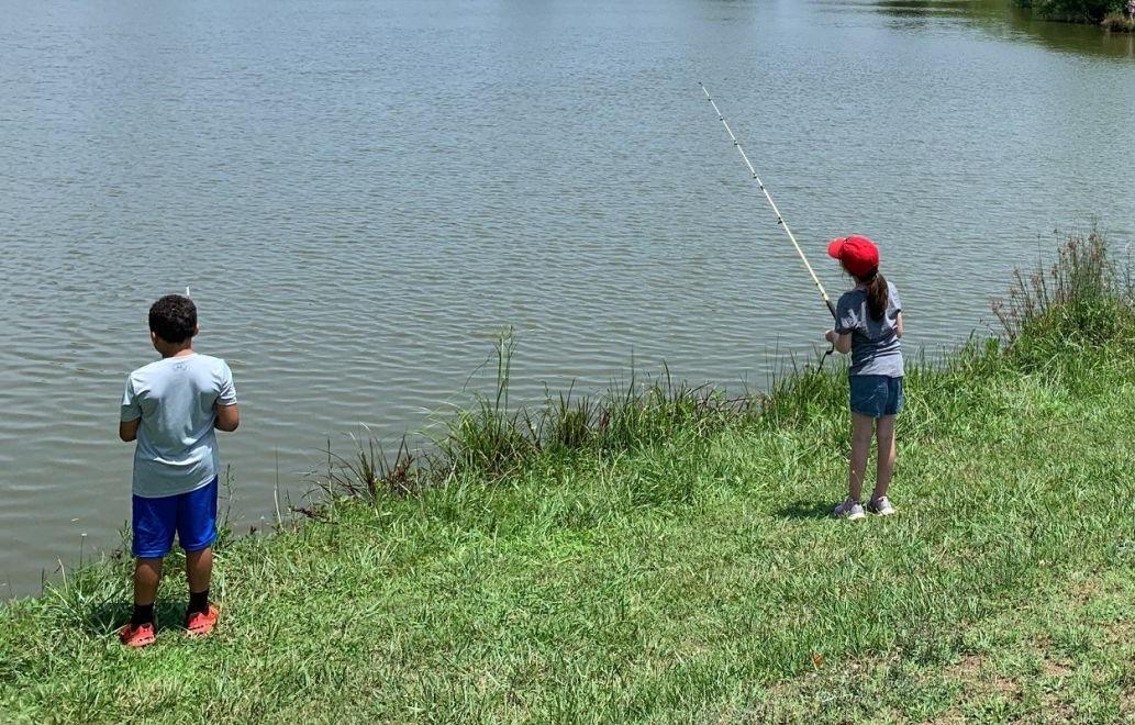 4-H'ERS FISHING AT CAMP