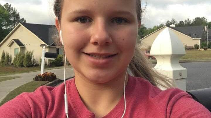 Barrow teen attacked by dogs while walking in neighborhood