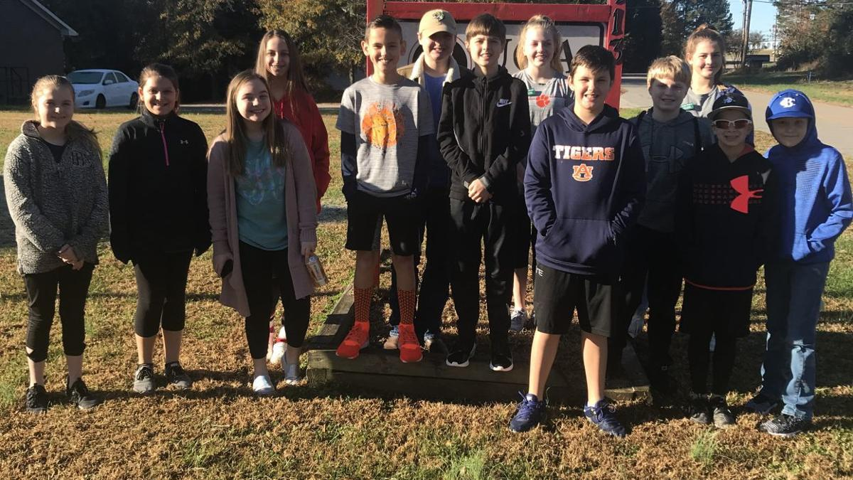 Banks County 4-H Service Clovers Performs Community Service Over Thanksgiving Break