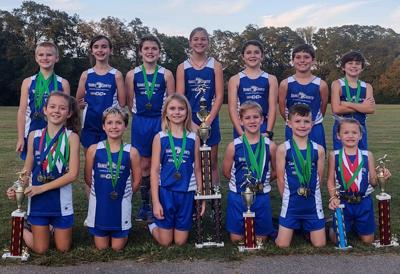 CROSS COUNTRY TEAM PLACES THIRD
