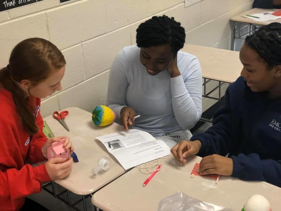 Students participate in STEM project