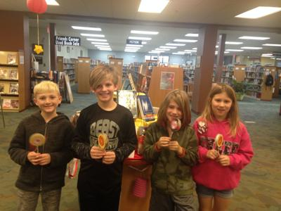 'Bee Creative' program held at Commerce library