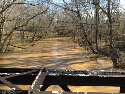 WATER LEVEL RISES