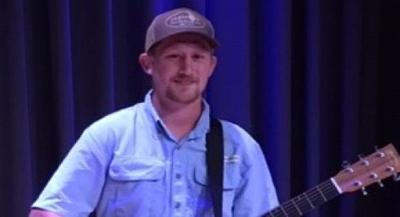 Lott takes first at open mic