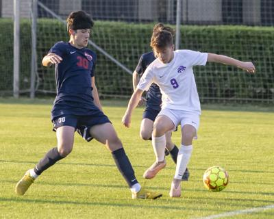 Columbia soccer takes down Oakland 5-4 in region title game
