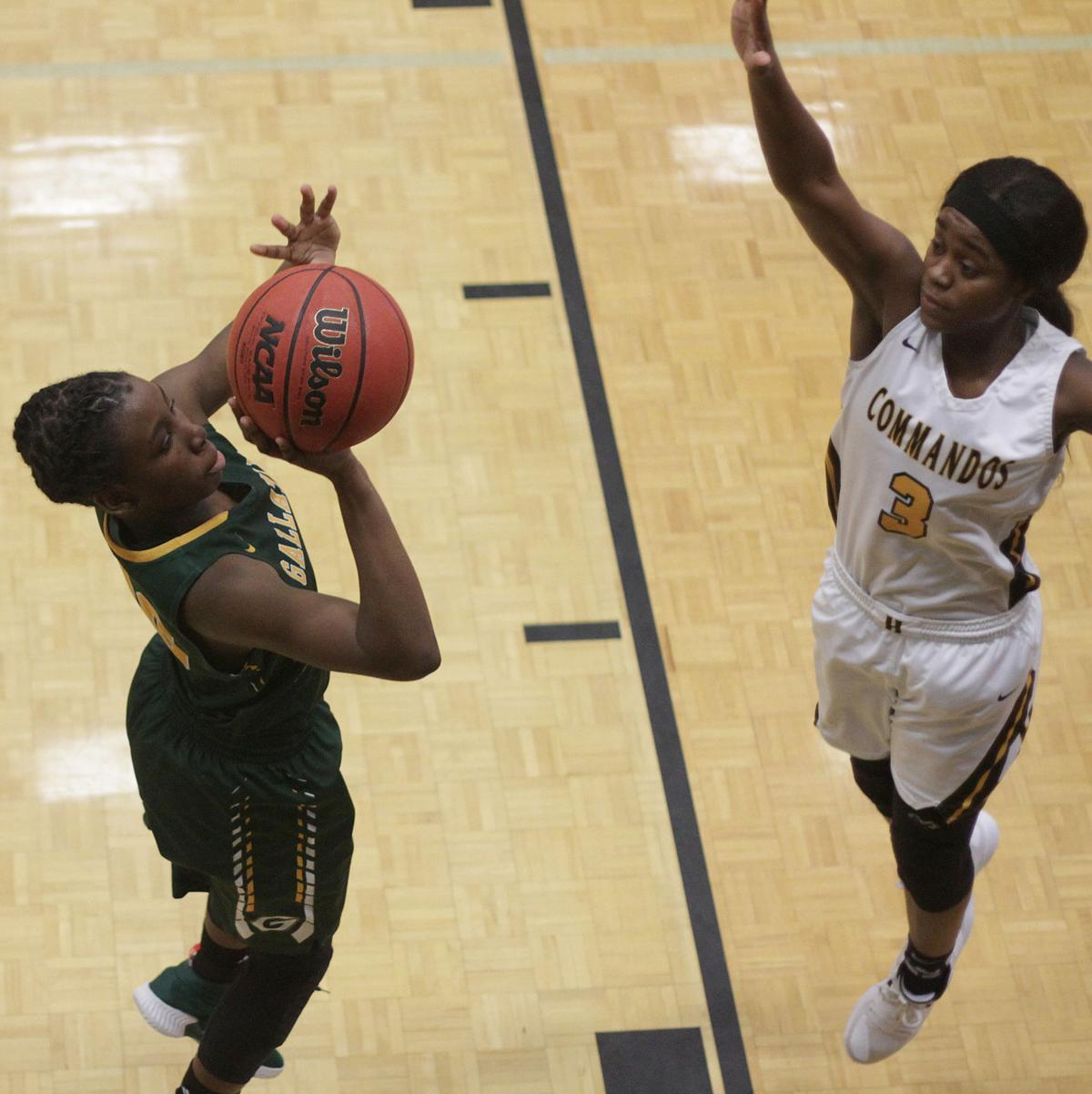 Janaya Newsome puts up a shot as Janaeya Mays defends. .jpg