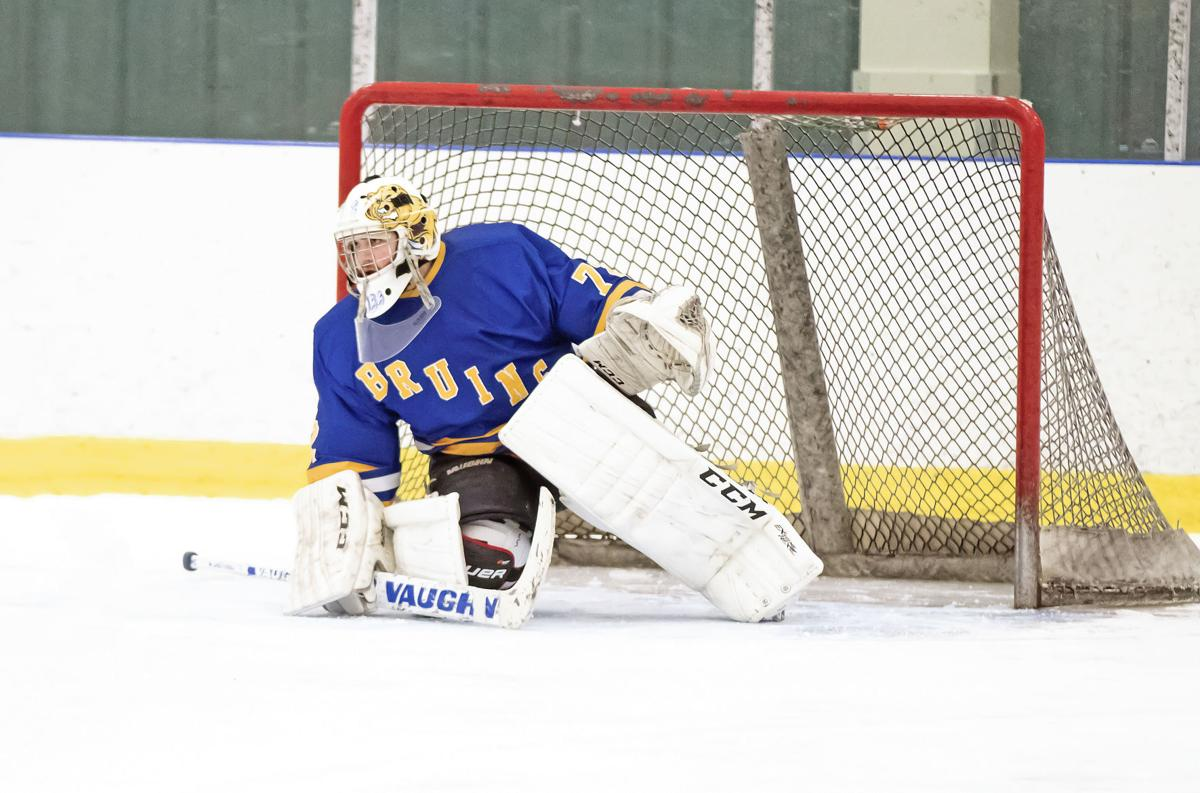 Brentwood goaltender Ryan Bobrow posted a 33-save shutout against MBA on Wednesday night.jpg