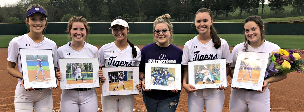 SOFTBALL WHS Seniors