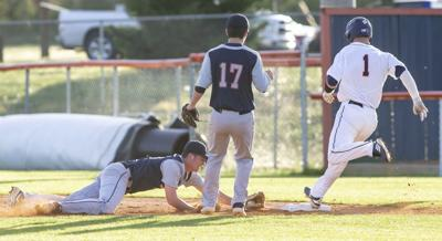 Blackman baseball wins first two against Oakland