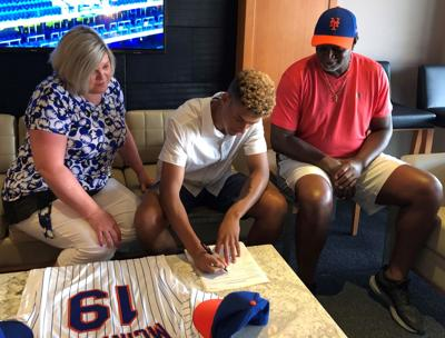 Blaine McIntosh signs with NY Mets