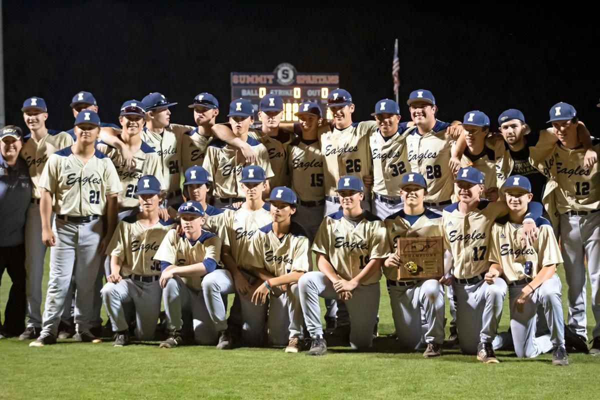 Independence poses with their D11-AAA tournament trophy.jpg